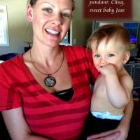 mama & round glass art pendant