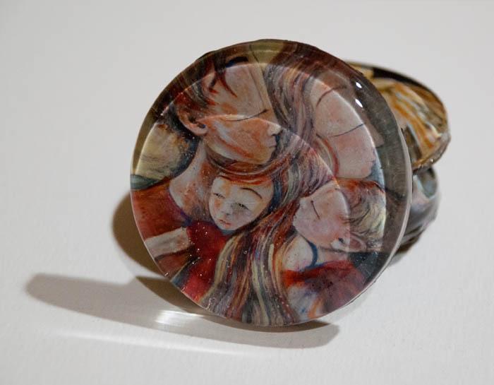 Close Knit glass art magnet by Katie m. Berggren